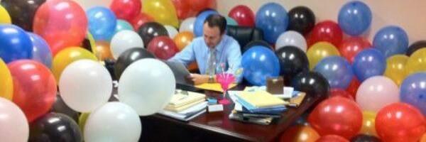 Mensagem de aniversário para um chefe que está aniversariando.