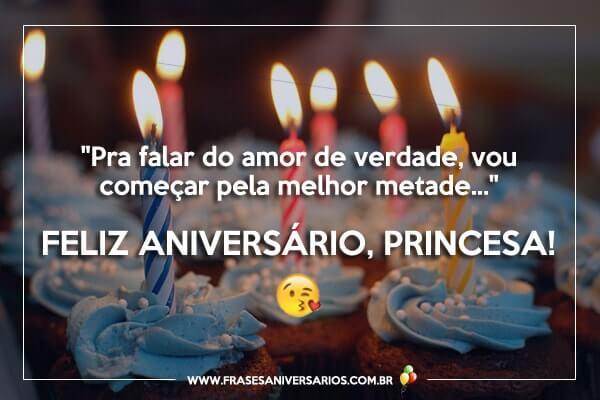 Feliz aniversário e parabéns para a namorada